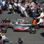 Jenson Button Get's A Push!